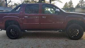08 chev avalanche certified/etested reduced $9500 OBO