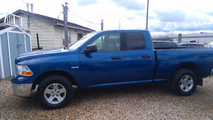 2010 Dodge Power Ram 1500 Hemi 5.7 Lt 4 x 4 Pickup Truck