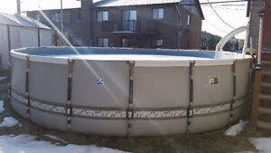 Selling 21 ft Zodiac pool - A vendre Piscine 21 pi Zodicac