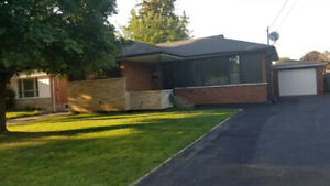 Great location in West Mountain 5 bedrooms Available