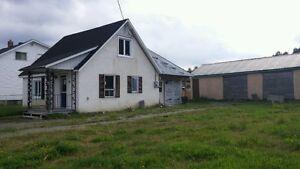 "Cottage/Handyman Special ""REDUCED"" Peterborough Peterborough Area image 2"