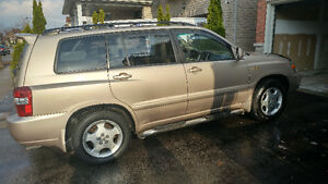 2005 Toyota Highlander Limited Gold Package SUV, Crossover