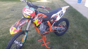 2009 KTM 450 SXF - with many extra parts - MINT CONDITION