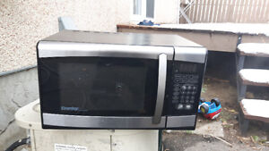 Danby microwave.doesn't warms or heats