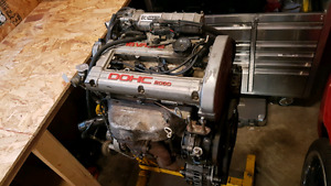 Mitusbishi 4g63 1g turbo motor for sale and 5 speed transmission