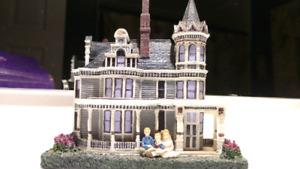 Katherine Karnes Munn decorative houses