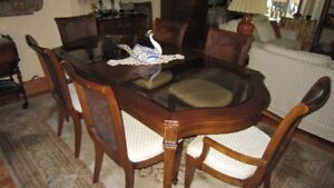 Dining Room Set in Cherry Wood with Bevelled Glass Inlays