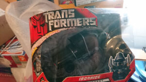 Transformers Movie Ironhide Voyager MISB