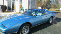 1988 FIREBIRD FORMULA 5 LITRE 5 SPD T BAR ROOF