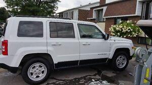 2011 Jeep Patriot blanc VUS