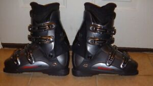 FOR SALE SKI BOOTS VERY GOOD CONDITION