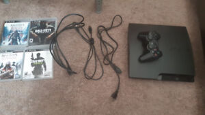 Playstation 3 120 GB + 1 Controller + 4 games.