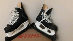 Kids Hockey Skates (size 6).