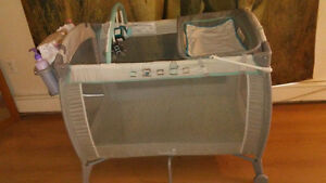 Summer Infant Turtle Tale Playpen/Changing Table