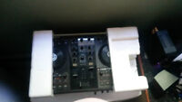 Table de DJTraktor s2