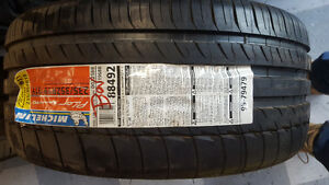 BRAND NEW MICHELIN PILOT TIRES 235/35r19