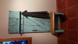 Reclaimed entry way hutch