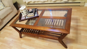Beautiful Coffee Table with 2 End Tables