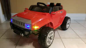 Ride-On Hummer 12Volt, Remote Control Trucks/ Cars/ Bikes