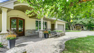 STUNNING HOUSE FOR SALE IN CALEDON