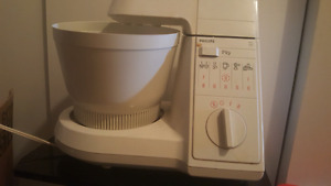 Philips old stand mixer with attachments