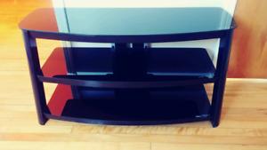 TV stand / Meuble pour télé