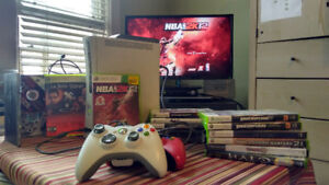 Bundle $80: Xbox 360, 20gHD, two controllers, 12 classic games