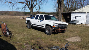 99 chev 4x4 parting out
