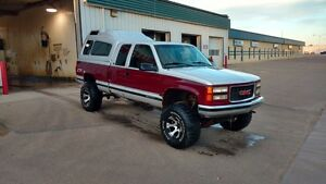1996 GMC Z71 4x4.   PARTS ONLY