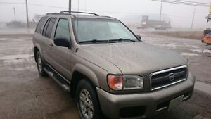 2004 Nissan Pathfinder Chinook Edition SUV, Crossover