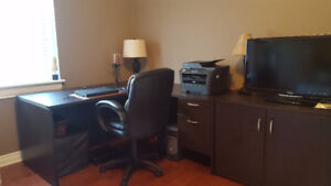 Perfect condition - L-shaped Desk, storage and chair