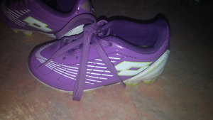 Toddler Soccer Shoes size 8