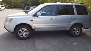 2006 Honda Pilot EX-L SUV, Crossover 6995.00 plus hst and lic