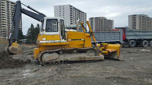 Liebherr 732 22 ton Dozer- 6way 12ft Blade - WITH REBUILT ENGINE