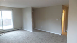 fully renovated Ground floor condo in an ideal location