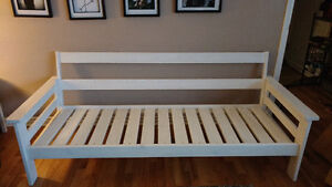 Custom built white wash bench Comox / Courtenay / Cumberland Comox Valley Area image 1