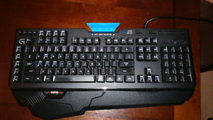 Logitech G910 mechanical keyboard