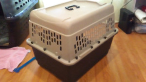 Small/med travel dog crate