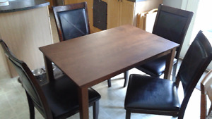 Small Kitchen Table & 4 Chairs