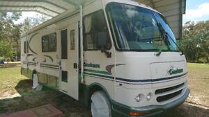Coachman Mirada 30