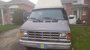 Dodge van camper