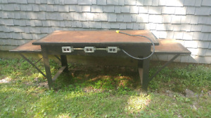 Steel Work Bench with outlets