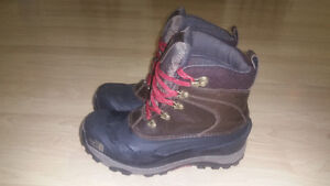 The North Face Chilkat Luxe men's winter boots - size 10