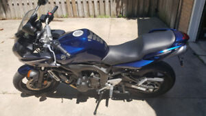 FZ-6 in excellent condition