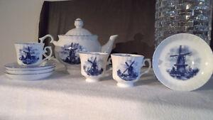 Cute Dutch Tea set