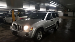 2005 Jeep Grand cherokee  Great condition