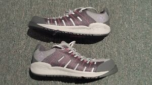 Columbia grey and pink running shoes -- BRAND NEW -- West Island Greater Montréal image 2