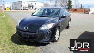 2011 Mazda3 GX Sedan **3 month Warranty Included**