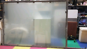 Tempered glass privacy screen