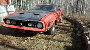 1972 Mustang Mach 1.   351 CLEV. 4 SPD MATCHING NUMB
